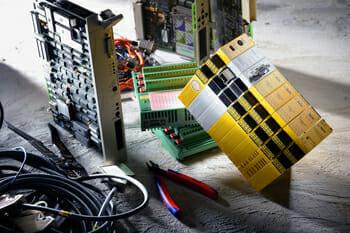 Modernisierung von Fördertechnik – Button